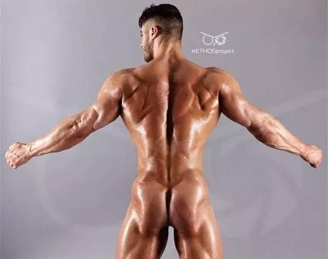 """""""外國私教背部訓練,深度刺激背部肌肉,矯正駝背"""""""