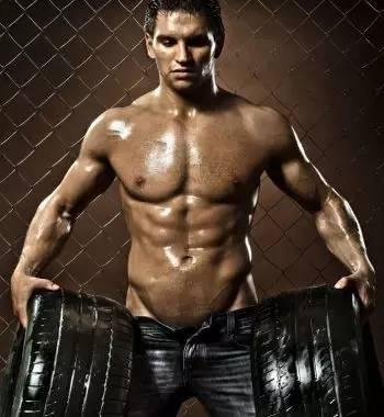"""""""這三個技巧,教你保持最佳的胸肌訓練強度"""""""
