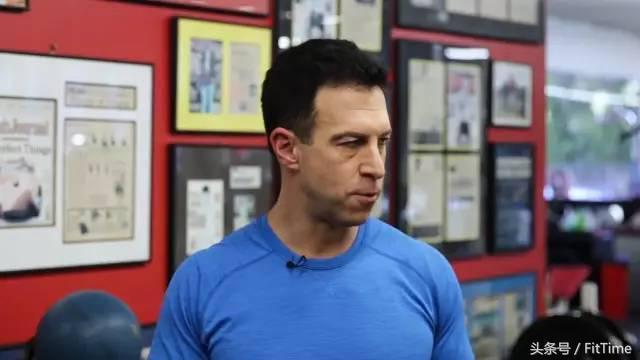 """""""六週能練出腹肌嗎?這對""""小白鼠""""又來了,結果又是嚇一跳"""""""
