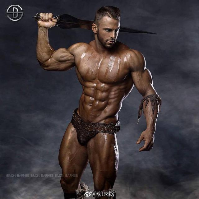 """""""多角度肩部增肌塑形訓練:5個動作讓肩部立體飽滿綻放魅力身材"""""""