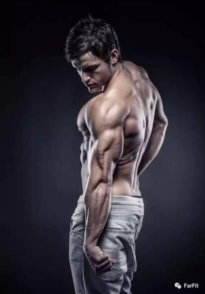"""""""促進肌肉大增長的10條秘訣,瞎練不管用,學會才能有效增肌"""""""