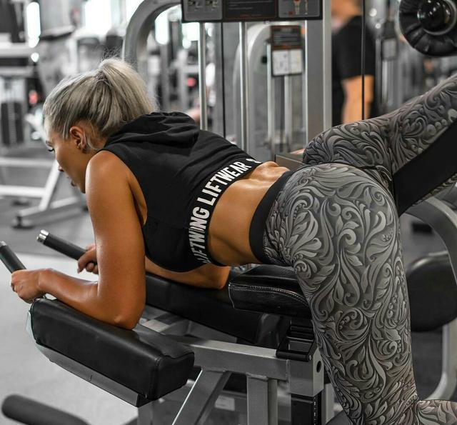 """""""高強度臀腿超級組合一訓練:5個動作讓下半身增肌更有勁"""""""
