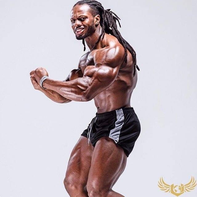 """""""負重+自重臀腿力量強化訓練:6個動作增強全身基礎運動力量"""""""