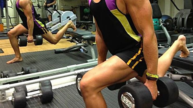 """""""健身期間提高肌肉耐力,需要準確的訓練!"""""""