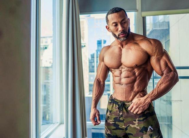 """""""上胸肌單獨強化訓練:4個動作讓胸肌更飽滿有型彰顯硬漢魅力"""""""