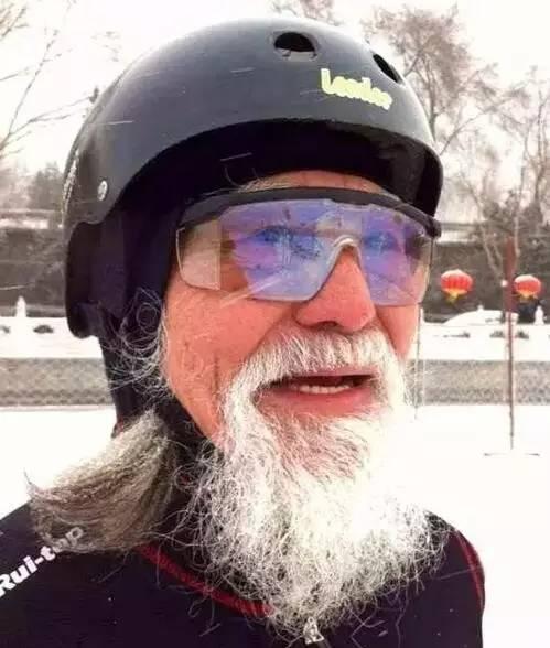 """""""被62歲的陳道明帥到了!這才叫大叔,有啤酒肚的那叫大爺!"""""""