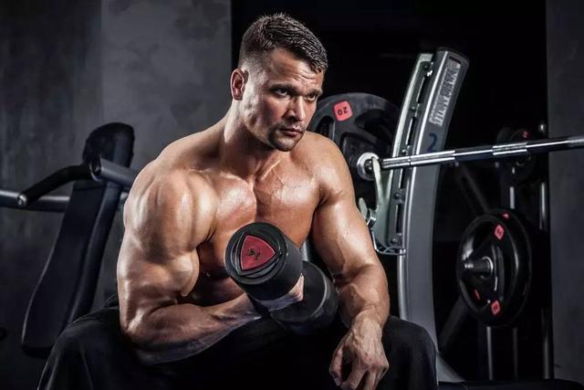 啞鈴全方位鍛煉肌肉計劃,如何選擇合適的重量?