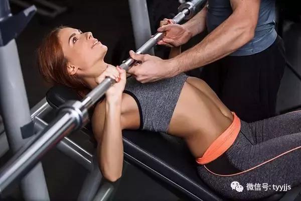 """""""健身者你真的會使用體重秤嗎?講真你嚇到我了!"""""""