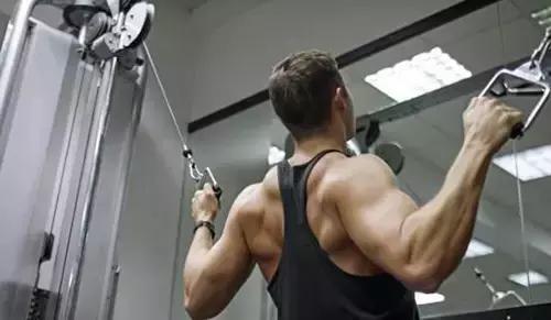 5個動作練出背部肌肉,拒絕駝背、高低肩!