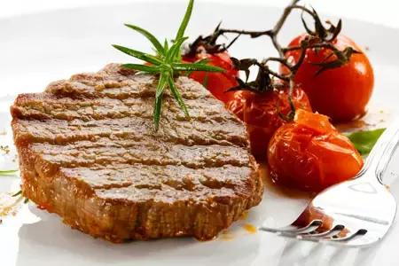 減脂人群在飲食方面,如何選擇碳水、蛋白跟蔬果?
