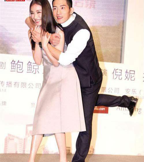 《花少3》井柏然倪妮吻別,感情真的有這麼好? !
