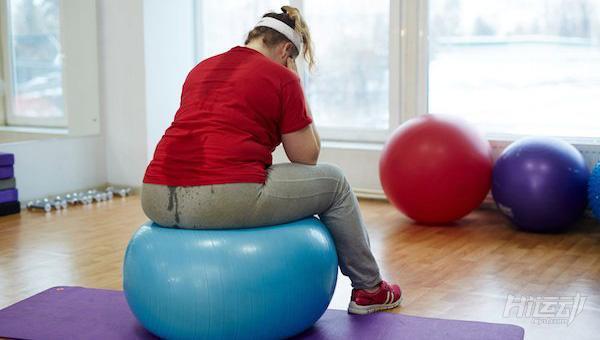 抵抗住中年發福(肥胖)!健身加生活模式改變必不可少