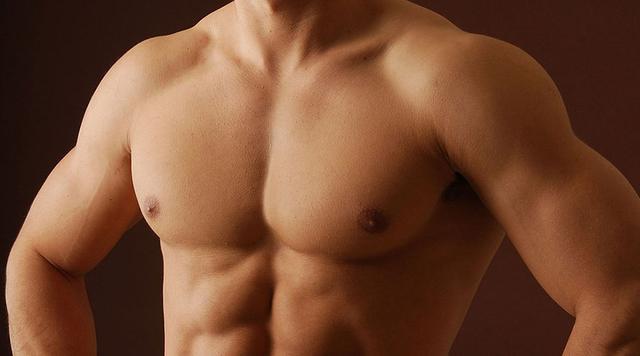 最好的胸肌鍛煉動作 10個最常見的俯臥撐