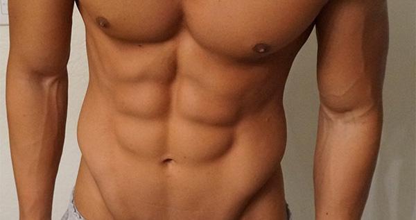 別天天練卷腹了!這6個動作強化腹肌更好