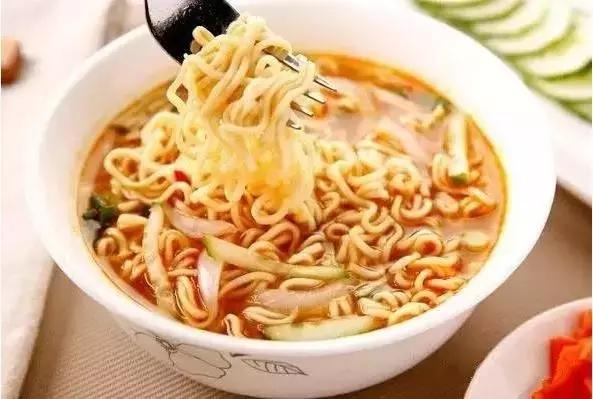 全球公認最容易發胖的食物,就藏在你的碗裡!