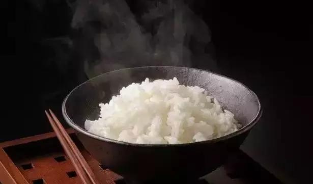 蒸土豆替代白米饭,让你的体重降下来!