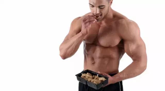 減肥攝入適量碳水化合物,能促使脂肪代謝!