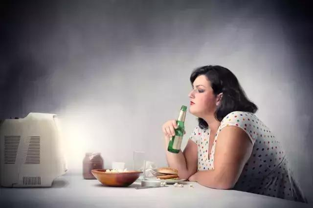 """肥胖讓你又醜又懶?教你如何靠""""吃""""瘦下來!"""