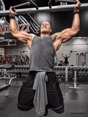 """""""「健身堅持不下去?」先砍掉這7個習慣,炸出一身強壯肌! """""""