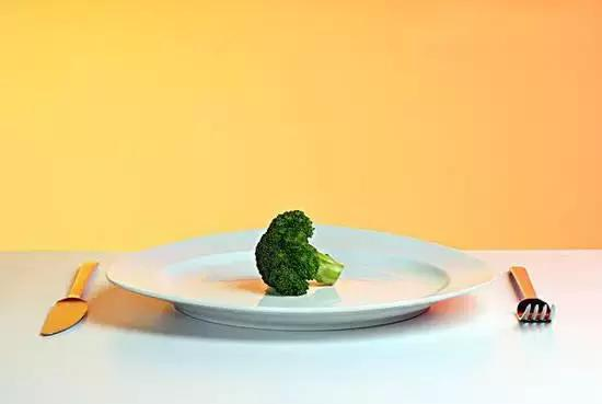 減肥要吃得少,但不能拉低你的基礎代謝!
