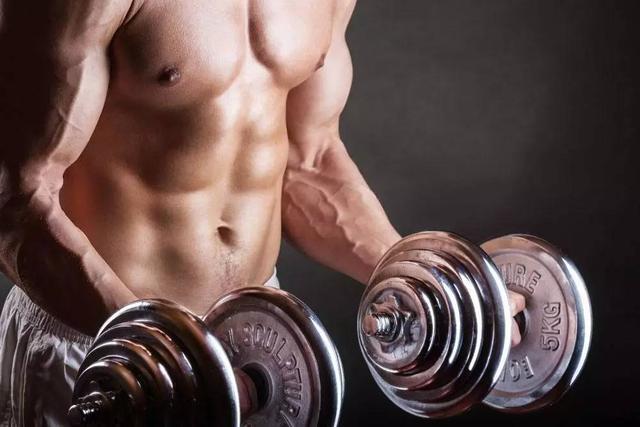 """""""針對胸肌輪廓的四點建議,幫你打造完美胸型"""""""