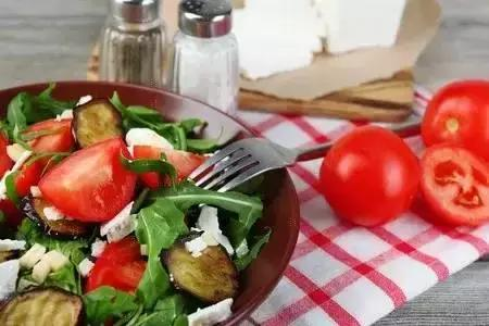 肥胖就要少吃點?不!你缺少能量排除垃圾!