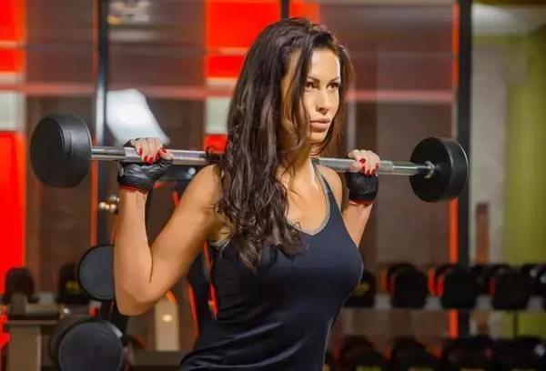 為什麼增肌1個月的人,卻比鍛煉3個月的人效果還好?