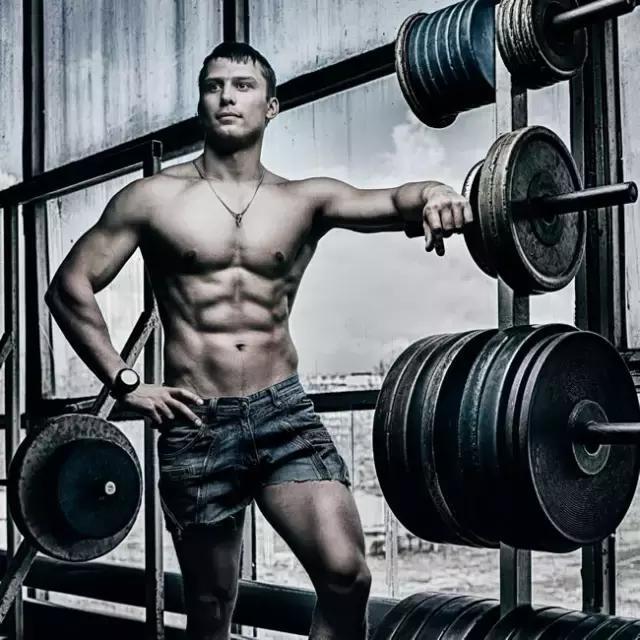 運動過度?小心肌肉溶解,尿液醬油色,引起腎衰竭!