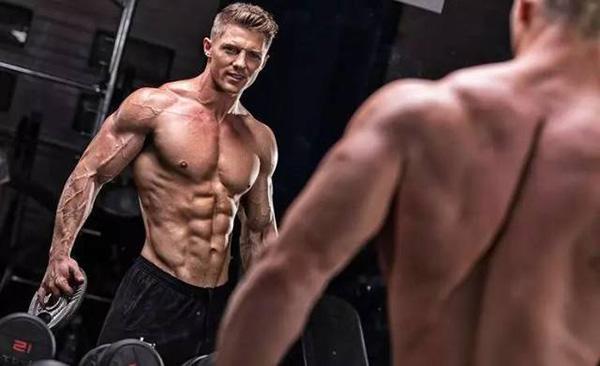 12個動作一次性搞定 上半身肌肉強化