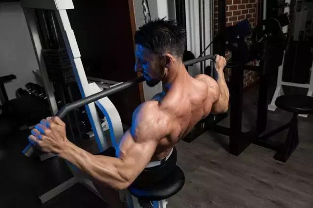 減脂時,有氧運動前加組力量訓練,燃脂效果翻倍!