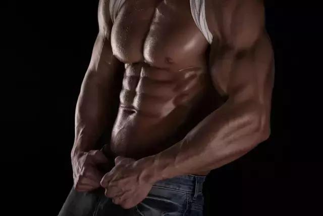 男人不能太瘦,增肌吧