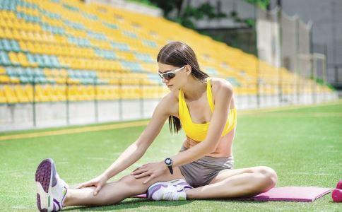 跑前熱身、跑後拉伸動作,讓你腿部練出優美線條!