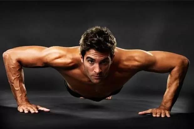 俯臥撐個數,反映你的身體健康情況,你合格了嗎?