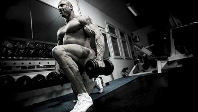 男人也需要迷人的下半身,如何鍛煉你的下半身?