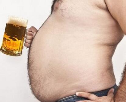 如何剷除啤酒肚? 7個動作虐出你的腹肌!