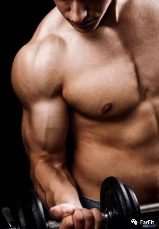 這5大錯誤的肱二頭訓練方式,讓你練不成麒麟臂!