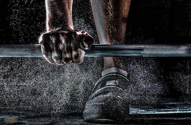 槓鈴怎麼練肌肉?增加肌肉力量的訓練!