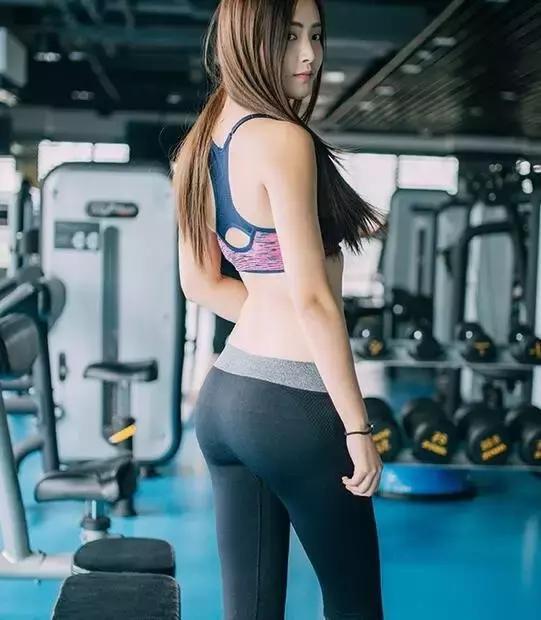臀腿力量訓練,燃脂同時翹臀、不粗腿!