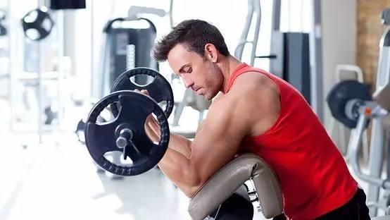 胸肌總是練不起來,有沒有想過是這些問題呢?