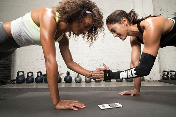 一組徒手訓練動作,挑戰你的燃脂極限!