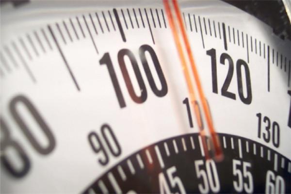 30岁后开始控制不住体重?几个技巧让你瘦出马甲线!